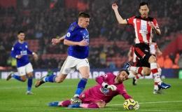 """Hạ Southampton 9-0, Leicester tạo """"địa chấn"""" sân cỏ Ngoại hạng Anh"""
