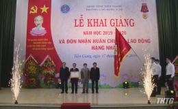 Trường Cao đẳng Y tế Tiền Giang khai giảng và đón nhận Huân chương Lao động hạng Nhất