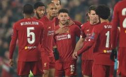 """""""Thần tài"""" Chamberlain lập công, Liverpool thoát hiểm lên ngôi đầu"""