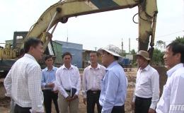 Chủ tịch UBND tỉnh kiểm tra tiến độ thi công cống Vàm Kênh