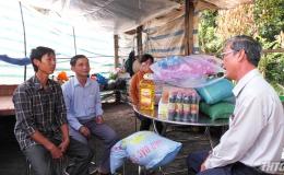 Thăm, tặng quà hộ dân bị thiệt hại do hỏa hoạn tại huyện Cai Lậy