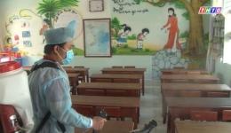 Tiền Giang phun hóa chất tiêu độc khử trùng trước khi học sinh quay trở lại trường học