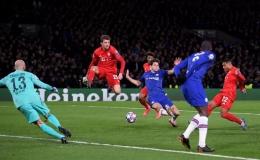 """Bayern Munich thắng """"hủy diệt"""", Chelsea thảm bại tại Stamford Bridge"""