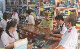 Đoàn liên ngành tỉnh Tiền Giang kiểm tra giá bán khẩu trang