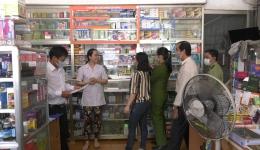Chuyên đề 18.02 – Cai Lậy kiểm tra các cửa hàng bán lẻ thuốc