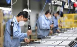 Xuất khẩu Trung Quốc tăng đột biến trong tháng 4