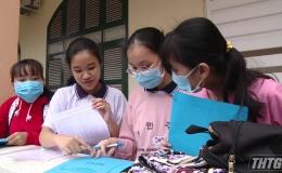 Học sinh Tiền Giang bắt đầu nộp hồ sơ tuyển sinh lớp 10