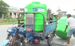 Chuyên đề 15.7 – Hỗ trợ bồn nhựa chứa nước cho người dân khó khăn