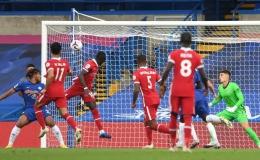 Thảm họa đại chiến, Chelsea thất bại cay đắng trước Liverpool