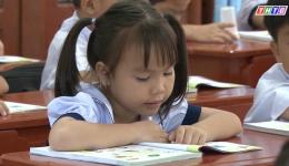 Tiền Giang cung cấp đủ sách giáo khoa cho học sinh lớp 1