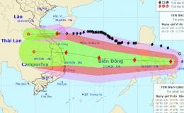 Bão Molave đi vào Biển Đông và tiếp tục mạnh thêm