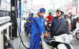 Giá xăng giảm kể từ 15 giờ chiều 27-10