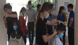 Chuyên đề 21.10 – Đoàn thanh niên TXGC  vận động hớt tóc miễn phí cho học sinh