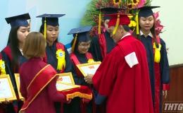 Đại học Tiền Giang trao bằng tốt nghiệp cho 964 học sinh, sinh viên