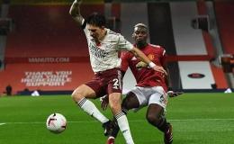 Paul Pogba tạo phạt đền, Man United gục ngã trước Arsenal