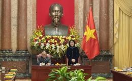 Phó Chủ tịch nước tiếp đoàn người có công tỉnh Tiền Giang