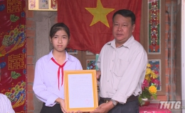 """Quỹ Bảo trợ trẻ em Tiền Giang bàn giao """"Mái ấm khuyến học"""" cho học sinh"""