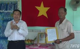 Bàn giao nhà tình nghĩa cho thương binh tại xã Tân Đông, Gò Công Đông