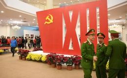 """Triển lãm """"Đảng ta thật là vĩ đại"""" chào mừng Đại hội XIII của Đảng"""