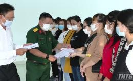 Tiền Giang trao chứng nhận hoàn thành cách ly y tế cho công dân trở về từ Đài Loan