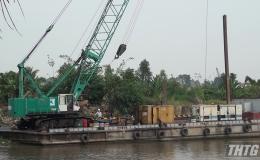 Lãnh đạo tỉnh Tiền Giang kiểm tra công tác chuẩn bị đắp đập ngăn mặn ở huyện Châu Thành và Cai Lậy