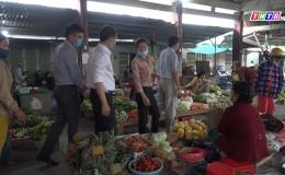 Chuyên đề 09.02 – Gò Công Tây kiểm tra công tác ATVSTP tại các chợ