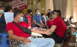 """Hơn 500 tình nguyện viên tham gia """"Ngày hội hiến máu tình nguyện"""""""