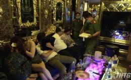 Tiếp tục phát hiện hàng chục đối tượng sử dụng ma tuý tại quán Karaoke XO
