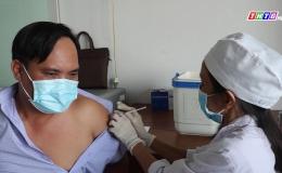 Chuyền đề 14-5 – Châu Thành có hơn 1000 người thuộc diện ưu tiên tiêm văcxin ngừa Covid 19
