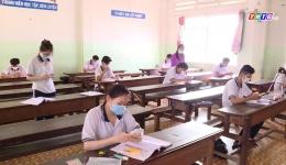 Chuyên đề 18.6 – Trường THPT Tư thục Ấp Bắc đồng hành cùng học sinh phòng chống dịch và ôn thi hiệu quả