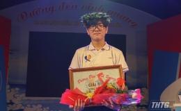 Nam sinh THPT Chuyên Nguyễn Bĩnh Khiêm giành nguyệt quế tháng bằng ngôi sao hy vọng