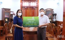 Vietcombank chi nhánh Tiền Giang ủng hộ 50 triệu đồng cho công tác phòng, chống dịch bệnh Covid – 19 tại Tp. Mỹ Tho