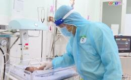 Điều trị, chăm sóc sản phụ F0 – Vất vả nhân đôi
