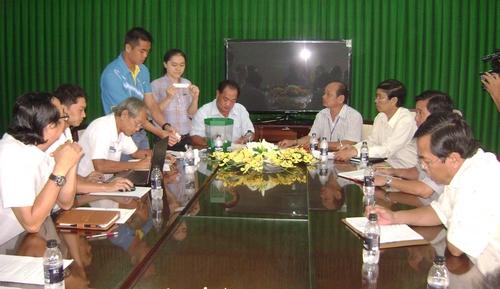 Bốc thăm chia  bảng  và xếp  lịch  thi  đấu Cúp  bóng  đá  truyền hình Tiền  Giang