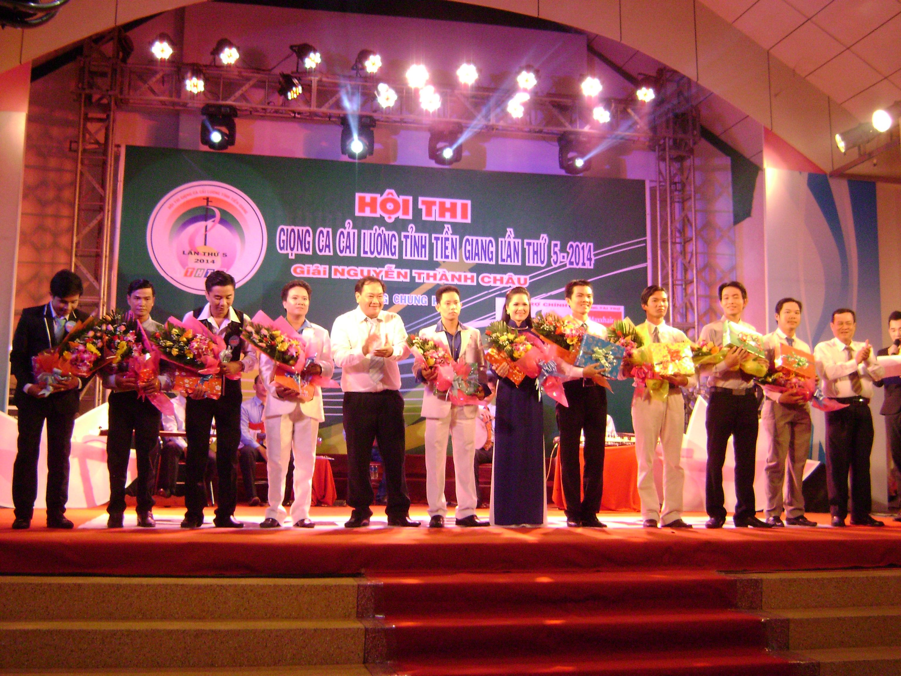 Khai  mạc vòng chung  kết  Hội  thi Giọng ca cải lương tỉnh Tiền Giang lần thứ V-2014, giải  Nguyễn Thành Châu.