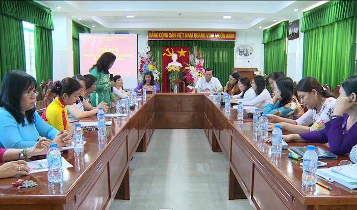 Tọa đàm học tập và làm theo tư tưởng, đạo đức, phong cách Hồ Chí Minh về vấn đề y đức.
