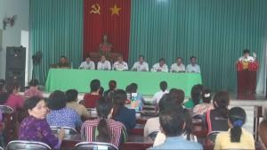 Chủ tịch UBND huyện Cái Bè đối thoại và giải quyết khiếu nại của tiểu thương Chợ Cổ Cò