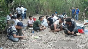 Công an Tiền Giang bắt quả tang 88 đối tượng đá gà, thu giữ hơn 400 triệu đồng