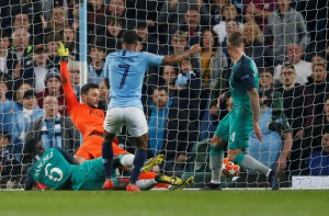 Đại tiệc bàn thắng, Man City bị loại cay đắng ở Champions League