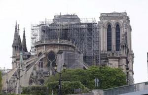 Hạ viện Pháp thông qua luật khôi phục nhà thờ Đức Bà