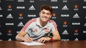 Daniel James ký hợp đồng 5 năm và ra mắt MU