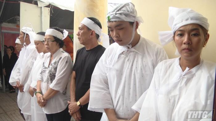 Dam tang ong Hieu 1