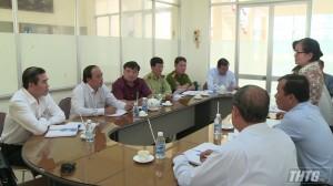 Chủ tịch UBND tỉnh kiểm tra công tác phòng, chống bệnh dịch tả heo Châu Phi trên địa bàn huyện Chợ Gạo