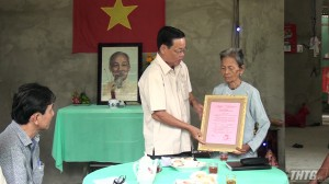 Trao nhà tình đồng đội xã Bình Trưng, huyện Châu Thành