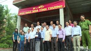 Đài PT-TH Tiền Giang bàn giao nhà tình thương cho hộ nghèo