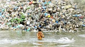 Ô nhiễm nước sạch đe dọa tăng trưởng
