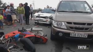 Lấn trái đường gây tai nạn giao thông trên cầu Chợ Gạo