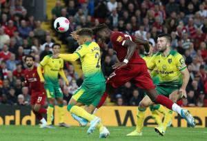 """Khai mạc Ngoại hạng Anh, Liverpool """"hủy diệt"""" tân binh Norwich"""