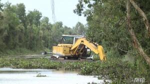 Kiểm tra công tác duy trì lòng sông thông thoáng tại Thị xã Cai Lậy và huyện Tân Phước