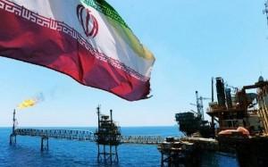 Mỹ tuyên bố sẽ trừng phạt bất kỳ nước nào mua dầu của Iran